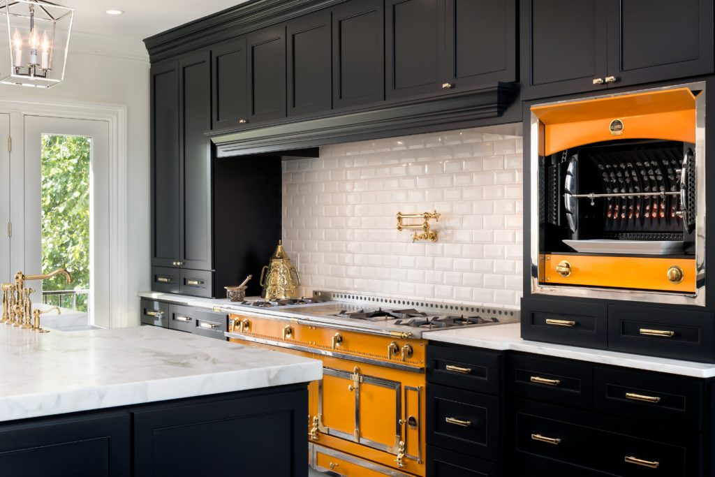 6 Bright Ideas for Using Bold Colors at Home