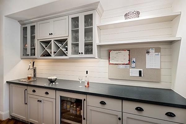 kitchen cabinet hardware tips