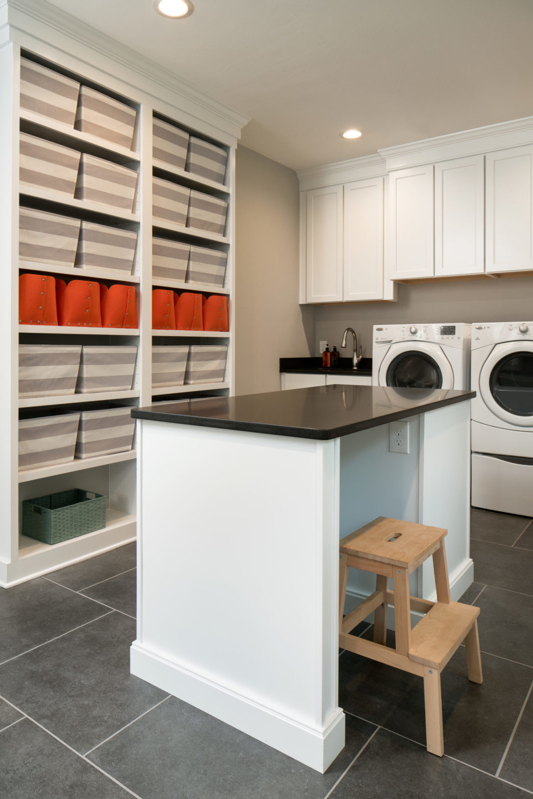 home-design-laundry-room-and-mudroom-addition