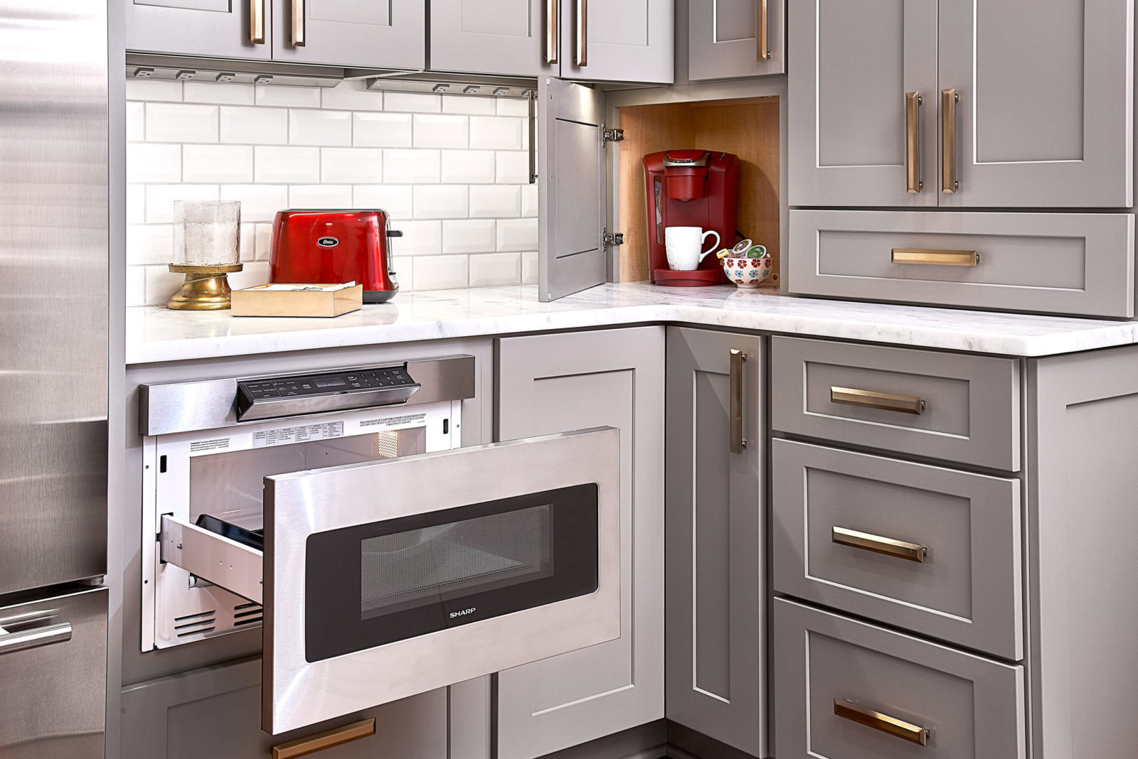home-renovation-microwave-drawer-in-base-cabinet