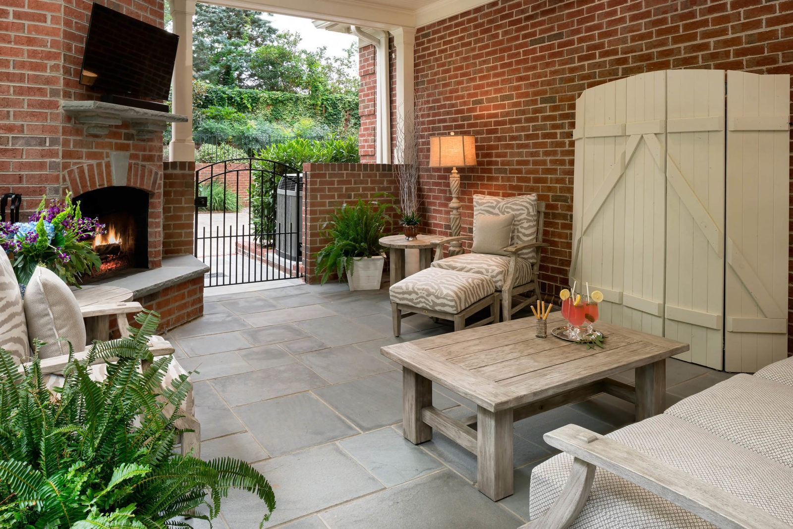 outdoor-living-space-revision-design