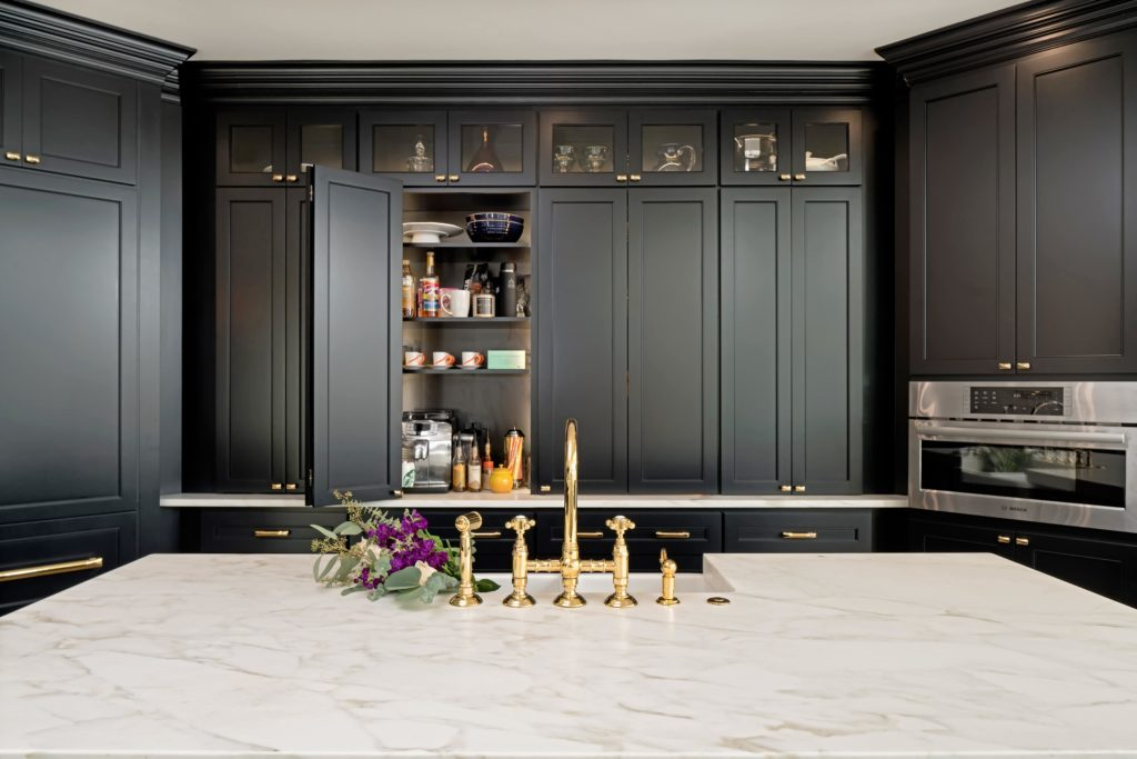 7 Kitchen Cabinet Organization Ideas for Your Remodel