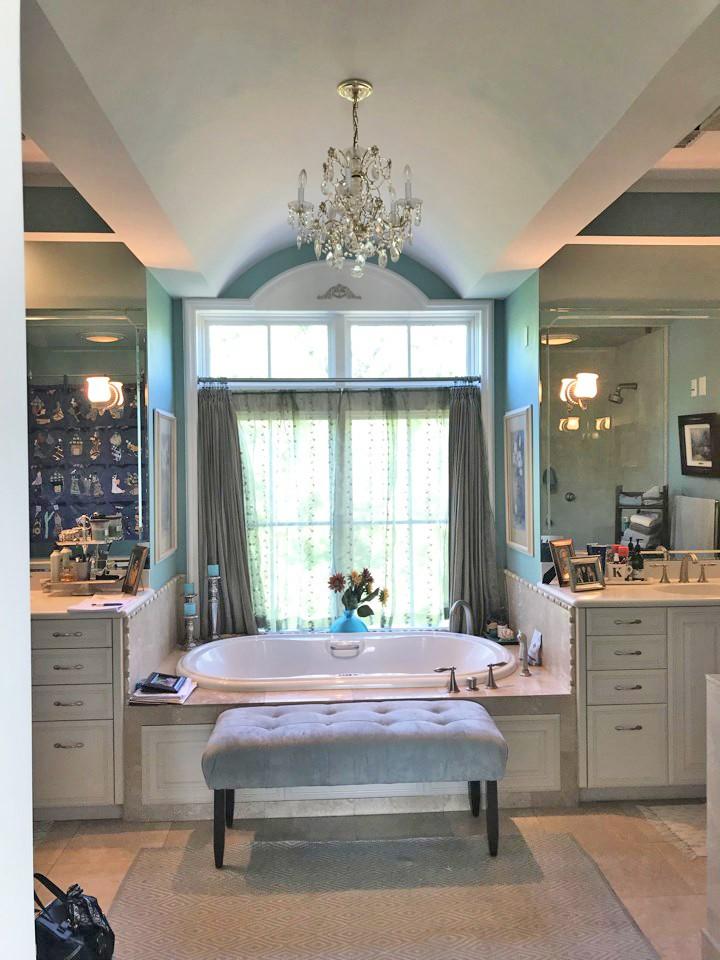 condo_bathroom_renovation_before